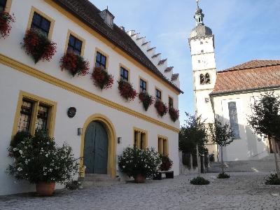 Rathaus aktuell geöffnet!