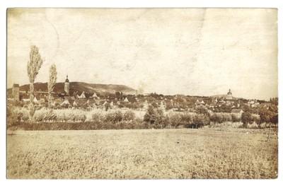 Blick von Richtung Eichelsee, Mainbernheim, im Hintergrund der Schwanberg