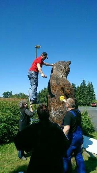 Ölung der Bärenfamilie