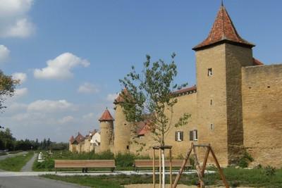 Stadtmauer mit Grabengärten