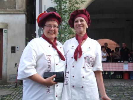 Tatzen-Bäckerinnen