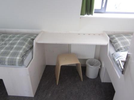 Dachgeschoss Zimmer 6: 2 Betten