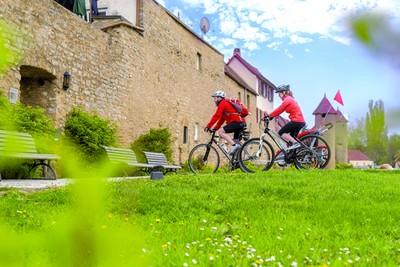 Radeln an der Stadtmauer